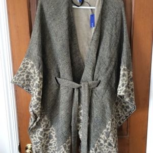 NWT  Apt 9 belted wrap